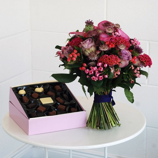 bouquet and chocs